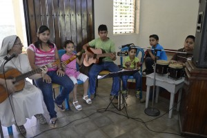 _DSC0042 Grupo Cantos LaProvi2013